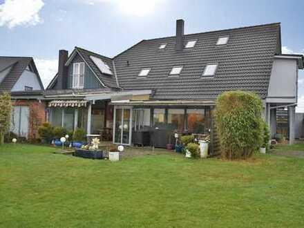 2-Familienhaus mit Gästewohnung in FL-Weiche Komplett modernisiert !