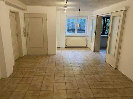 Attraktive 2,5-Zimmer-Wohnung mit Grillecke und Einbauküche in Wöllstein