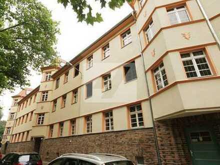 //Familienfreundliche 3-Zimmerwohnung mit Balkon und Terrasse//