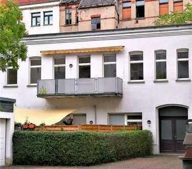Ruhiges Hinterhaus in Gohlis-Süd - großer Balkon mit Sonnenschutz - Parkett
