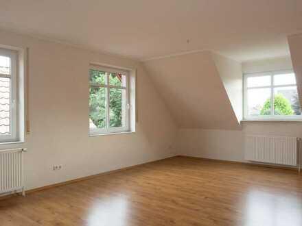 Helle und geräumige Dachgeschosswohnung mit Ausblick nahe Cloppenburg von Privat