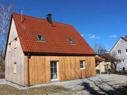 RARITÄT! Liebevoll modernisiertes Einfamilienhaus mit großem Garten!