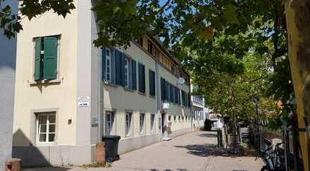 RESERVIERT bis Januar 2019. Wohn- u. Geschäftshaus im Sanierungsgebiet direkt an der Isenach!