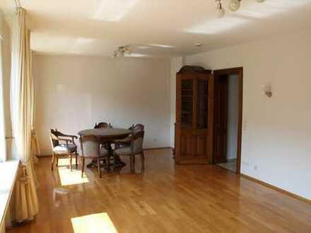 Zwei-Zimmer-Wohnung mit Garten und Garage Nähe Uniklinik und RWTH