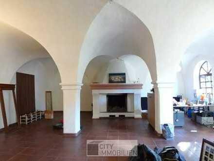 Historisches Anwesen für Büro/Praxis in Weiherhaus - Wohnen u. Arbeiten ist hier möglich