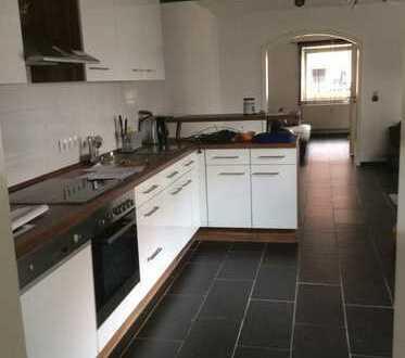 460 €, 66 m², 2 Zimmer