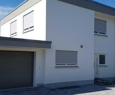 Modernisierte Doppelhaushälfte in der Herrenberger-Kernstadt