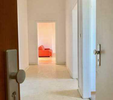 Attraktive, vollständig renovierte 3-Zimmer-Wohnung zur Miete in Eschweiler