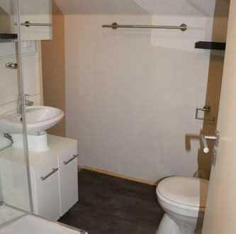 2 möblierte Zimmer (32 qm) mit Küchenzeile und Bad