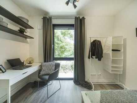 Möbliertes, helles Zimmer für Studenten