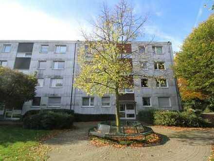 Großzügige 4-Zimmer Wohnung mit Garten // Wannenbad