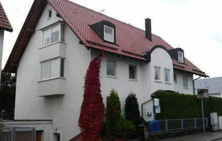 2 1/2 Zimmer Wohnung mit Südbalkon in kleiner Wohneinheit