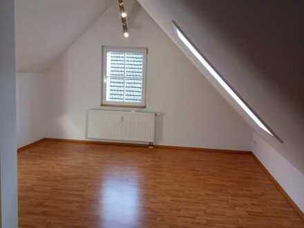 Gepflegte 1-Zimmer-Wohnung mit EBK in Dettingen an der Erms