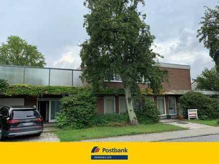 Villa in Bad Schwartau mit ca. 649 qm Wohn-/Nutzfläche und viel Potential