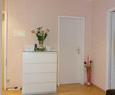 Eigennutzer aufgepasst: FFM-Oberrad gut geschnittene 3-Zimmer-Kü-Bad-Balkon, frisch renoviert
