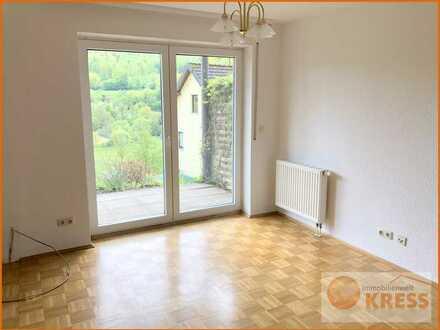 Gepflegte 1-Zimmer Eigentumswohnung mit Terrasse in einer ruhigen Wohnlage von Bad Brückenau