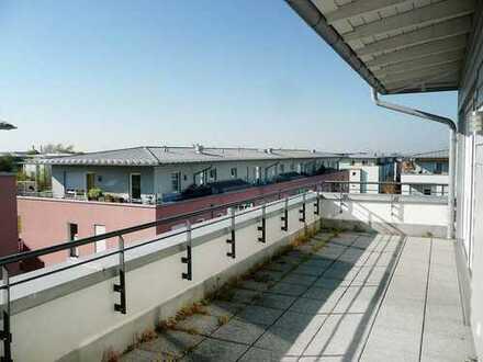 Exkl. 2,5-Zimmer-DG-Wohnung mit 2 Dachterrassen, EBK und TG-Stellplatz in Bestlage Haar