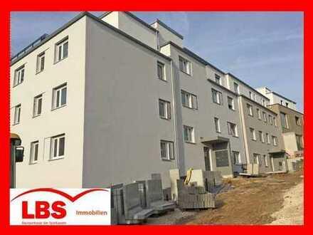 """""""ZENTRAL UND STILVOLL WOHNEN"""" Moderne 3-Zi-EG-Wohnung mit Terrasse in attraktiver Lage von Amberg"""