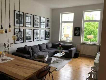 Sanierte 3-Zimmer-Altbauwohnung mit Balkon in der List