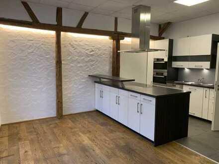 Gepflegte 5-Zimmer-EG-Wohnung mit Terrasse und Einbauküche in Simmozheim