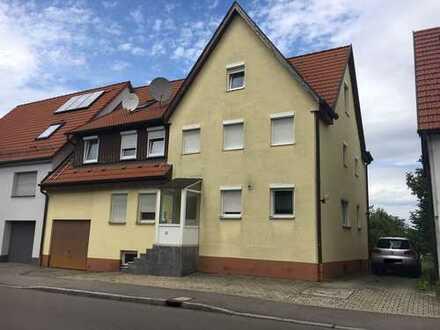 Ansprechende 6,5 -Zimmer-Wohnung mit Balkon und EBK in Boll