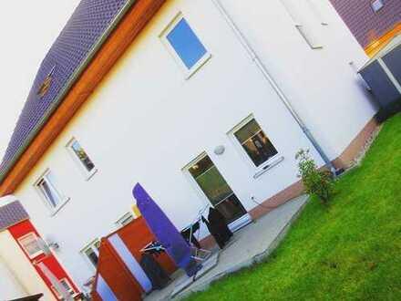122qm Öko-Doppelhaushälfte mit 2 Zimmern + Dachstudio + Garten + EBK ab September