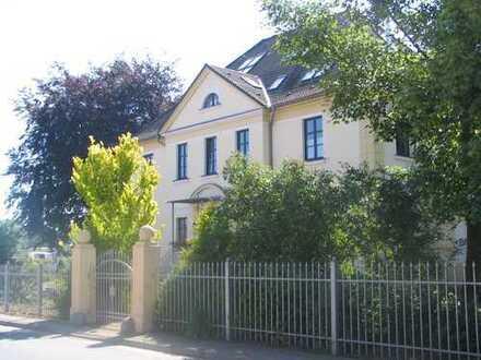Große exkl. 4 Raum in Jugendstil Villa - Umkreis Magdeburg