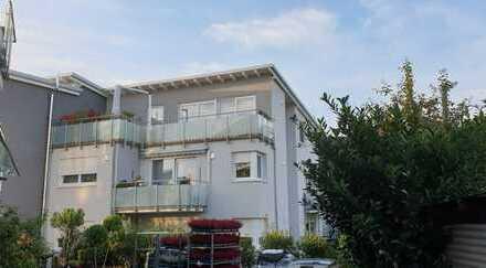 Provisionsfrei! Schicke Penthouse-Wohnung für Senioren in zentraler Lage von Sandhausen