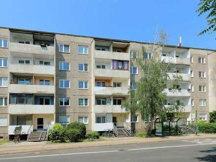 Mehrfamilienhaus (Plattenbau) unmittelbar im Zentrum mit 40 Wohneinheiten