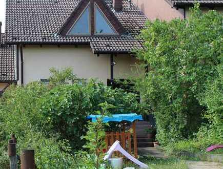 Reihenmittelhaus mit Garten und Garage auf dem schönen Kuhberg in Bad Kreuznach zu vermieten