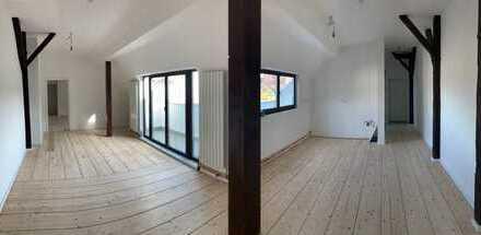 NOTVERKAUF exklusive, geräumige 2-Zimmer-DG-Wohnung mit Balkon in Charlottenburg, Berlin