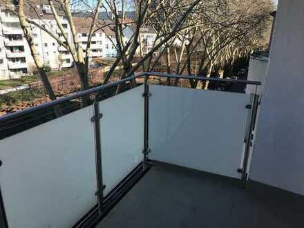 380 €, 33 m², 2 Zimmer