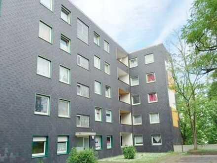 *WIR RENOVIEREN FÜR SIE* 2 Zimmer- Wohnung mit Balkon (Nachtspeicherheizung) in Bochum!