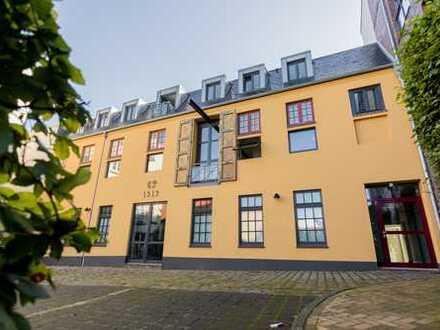 Exklusive 2-Zimmer-Loftwohnung in hochwertig saniertem Altbau, 1. OG