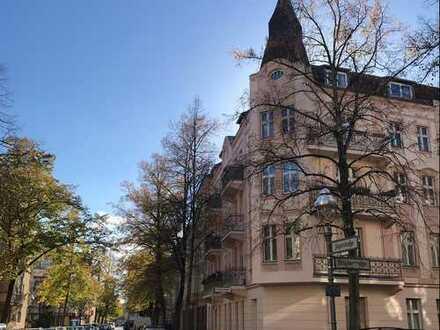 Bezugsfreie, helle 4 Zimmerwohnung mit zwei Balkonen in Berlin-Wilhelmstadt