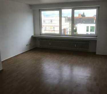 Sonnige 3 Zimmer Wohnung nähe Waterfront in ruhiger Lage in Gröpelingen