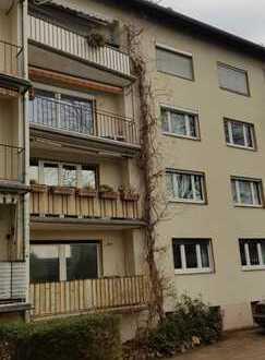 schöne, gepflegte 3-Zimmer-Wohnung mit Balkon und EBK in Darmstadt