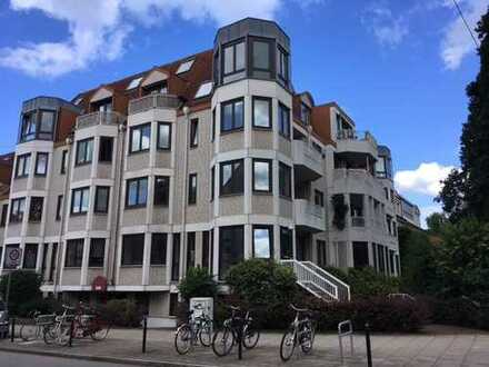 Großzügige 2,5-Zimmer-Whg. mit offener Küche am Osterdeich / Ecke Stader Str.