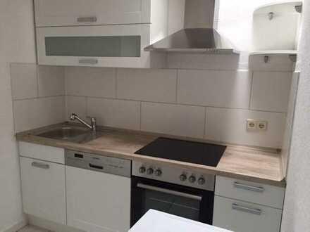 Modernisierte 3-Zimmer-DG-Wohnung mit Dachterrasse und neuer Einbauküche in Mössingen