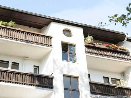 Denkmalgeschützes MFH mit 14 Wohneinheiten, Balkonen und ca. 870qm Wohnfläche