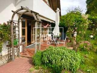 Sehr ruhiges Wohnen in der Natur - die besondere Wohnung mit Wohnfühleffekt - großer toller Garten