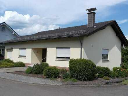 Günstige, gepflegte 3,5-Zimmer-Wohnung mit Balkon und Einbauküche in Tholey