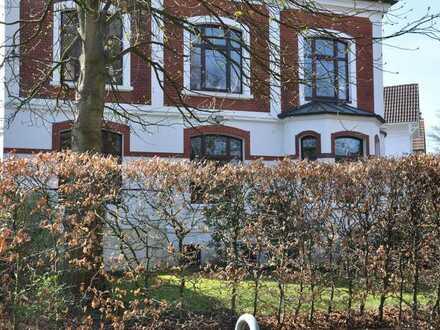 Außergewöhnliche Wohnoase in einer Kapitänsvilla in Marienthal mit großem, eigenem Garten