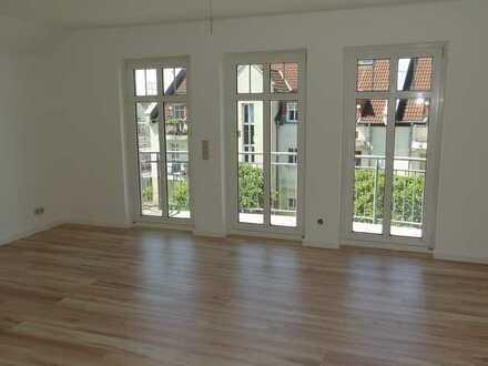 Singlewohnung mit Einbauküche, Balkon und Speicher im Spitzboden!