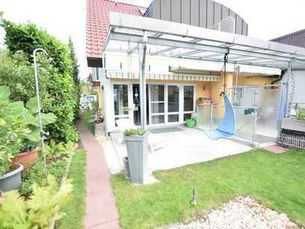 Gepflegte Doppelhaushälfte in naturnaher, ruhiger Wohnlage