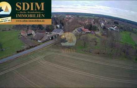 Grundstück mit altem Haus und Baugenehmigung für Alterswohnheim usw.