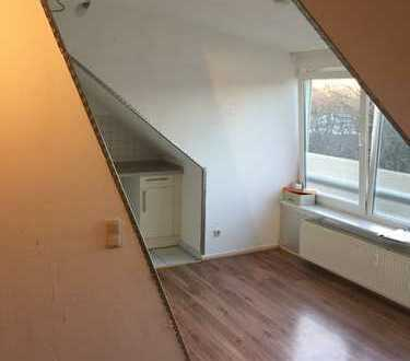 2-Zimmer Dachgeschosswohnung in Ohlsdorf