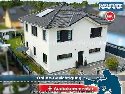 Berlin / Mahlsdorf: Moderne Stadtvilla mit 5 Zi. in begehrter Lage - UWE G. BACHMANN