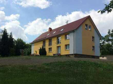Gemütliche Zweiraumwohnung mit Terrasse