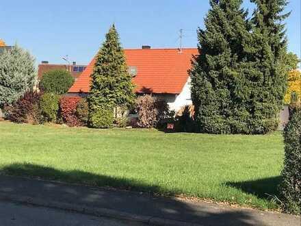 Baugrundstück in gewachsenem Wohngebiet inkl. Neubauprojektierung